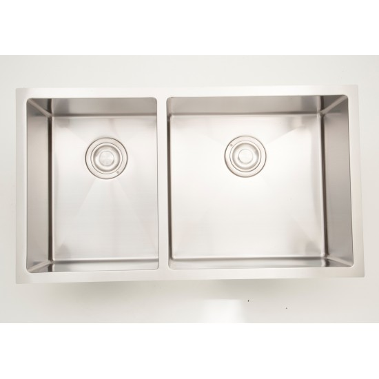 33-in. W CSA Approved Stainless Steel Kitchen Sink With Stainless Steel Finish And 18 Gauge